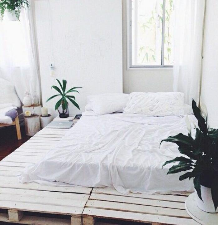 35 fantastische ideen f r bett aus paletten. Black Bedroom Furniture Sets. Home Design Ideas