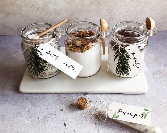 persönliche weihnachtsgeschenke, selbstgemachte geschenke für frauen, badesalz selber machen