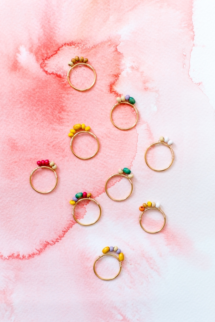 personalisierte geschenke freundin, selsbtgemachte ringe mit steinen, schmuck selber machen