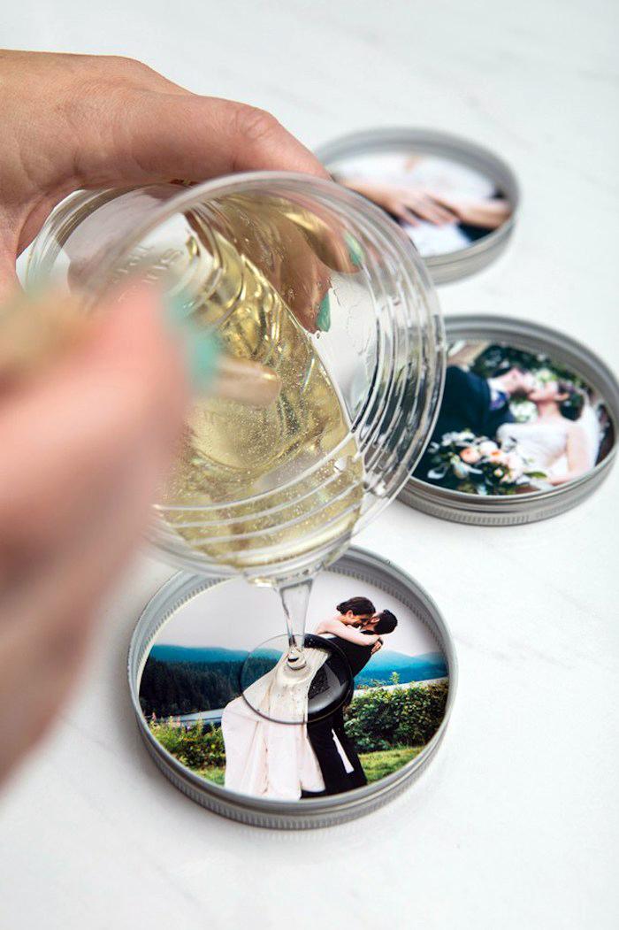 personalisierte geschenke fuer maener, tassenuntersetzer mit hochzeitsfotos, untersetzer mit fotos
