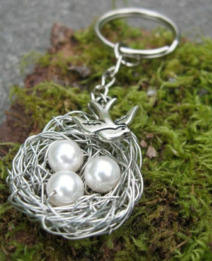 personalisiertes-Geschenk-Schlüsselanhänger-Metall-Perlen
