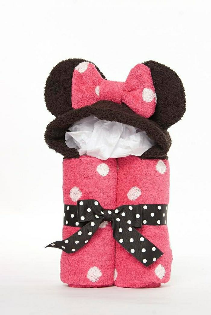 personalisiertes-Geschenk-frische-Idee-Mickey-Mouse-Tücher-Set