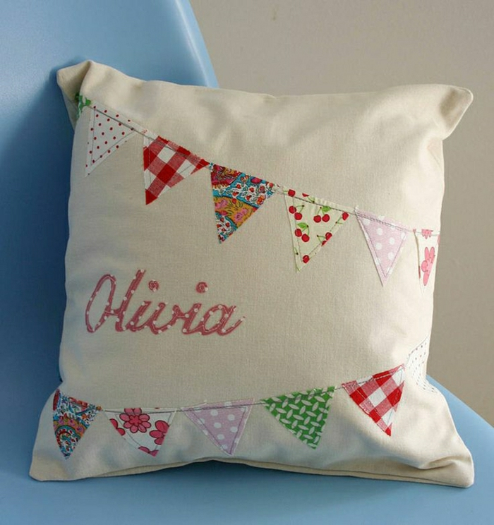 personalisierte-Geschenke-Kissen-Personalname-süß-kokett