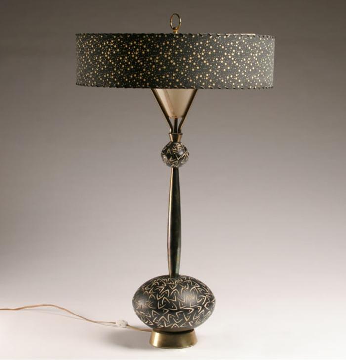 retro-lampen-graues-design-schöner-hintergrund