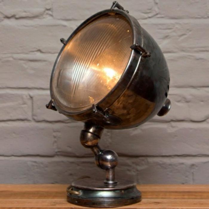 retro-lampen-schönes-modell
