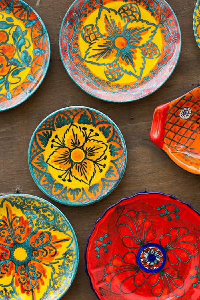 italienische-Keramik-schöne-handgemalte-Keramikplatten-Sizilien-Italien