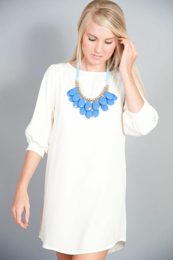 schöne-ketten-weiße-wunderschöne-bluse