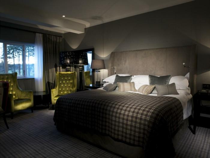 schlafzimmer-in-grau-sehr-dunkel-und-schön