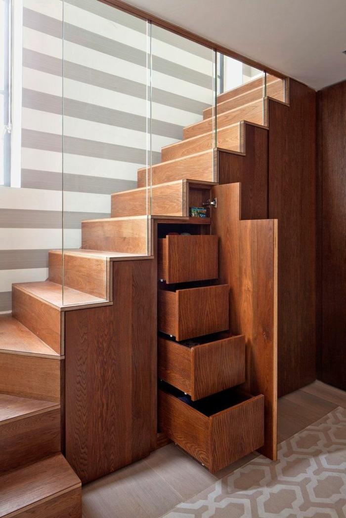 schrank-unter-treppe-sehr-schönes-design-aus-holz