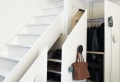 Schrank unter die Treppe stellen? Eine tolle Idee!
