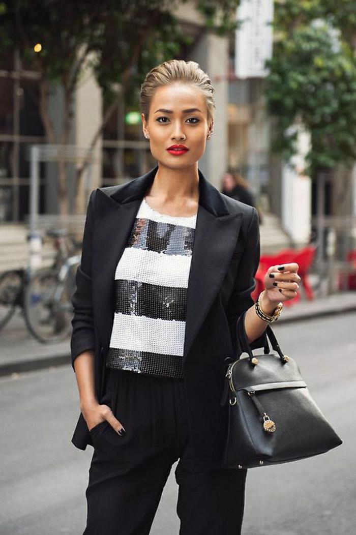 schwarze-Furla-Tasche-eleganter-Outfit