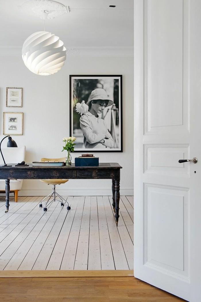 skandinavisch-einrichten-weiße-türen-cooles-bild