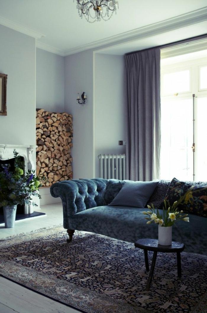 sofa-aus-samt-blaues-design