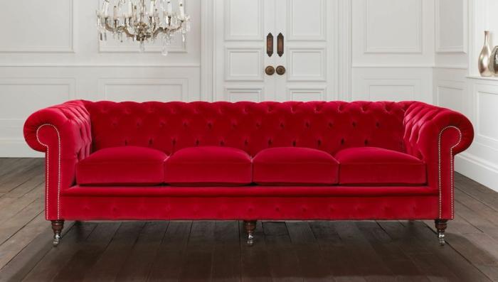 sofa-aus-samt-super-modell-in-rot-sehr-schick