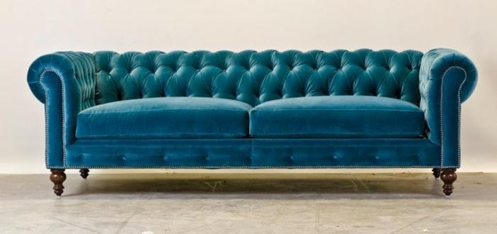 sofa-aus-samt-wunderschönes-design