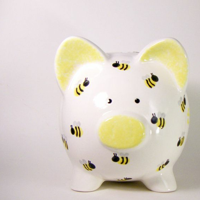 sparschwein-bemalen-cooles-modell-in-gelb-und-weiß