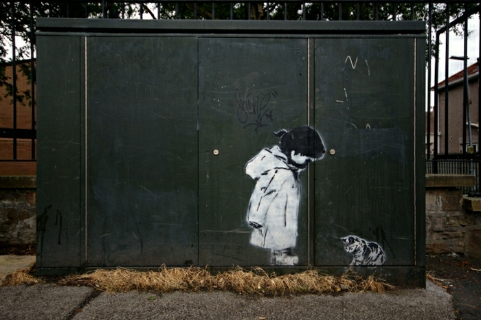 street-art-Schablonengraffiti-kleines-Mädchen-Katze-süß-kreative-Idee