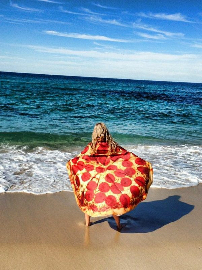 super-cooles-Tuch-kreative-Idee-Pizza-Muster-Meer-Strand