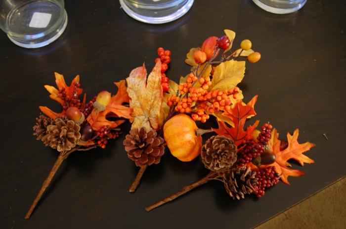 tischdeko-im-herbst-wunderschöne-baumblätter