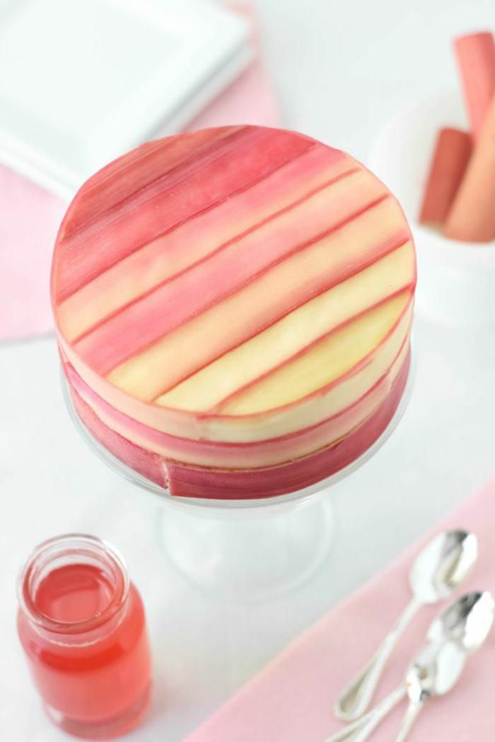 tolle-torten-rosiges-schönes-modell