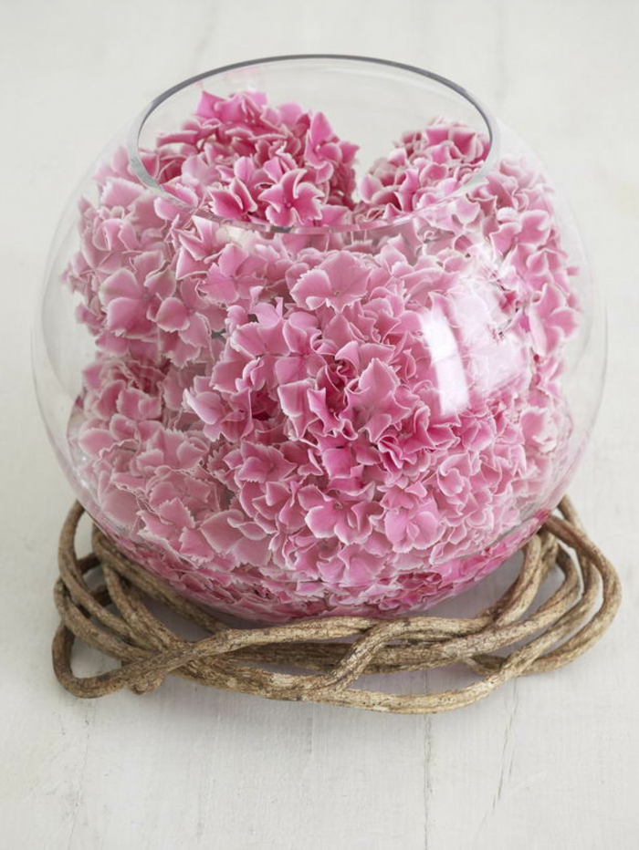 vasen-deko-ideen-rosige-blätter