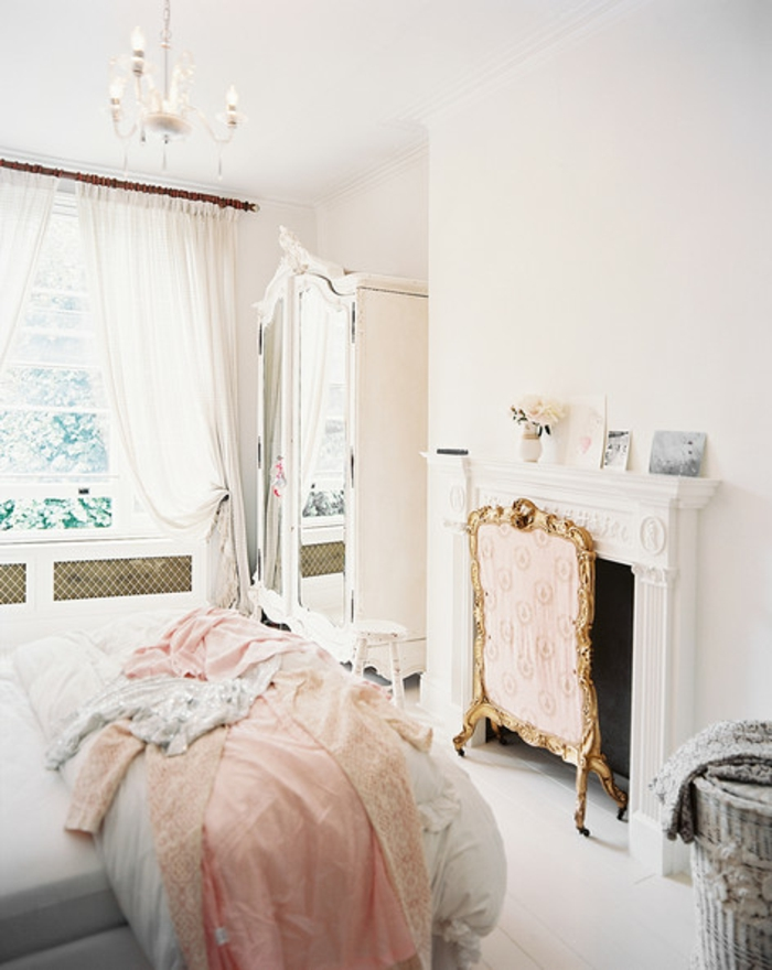 Schlafzimmer Einrichten Metallbett ~ Finden und Speichern Sie Ideen ...