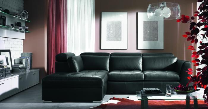 wohnzimmer-in-schwarz-cooles-sofa