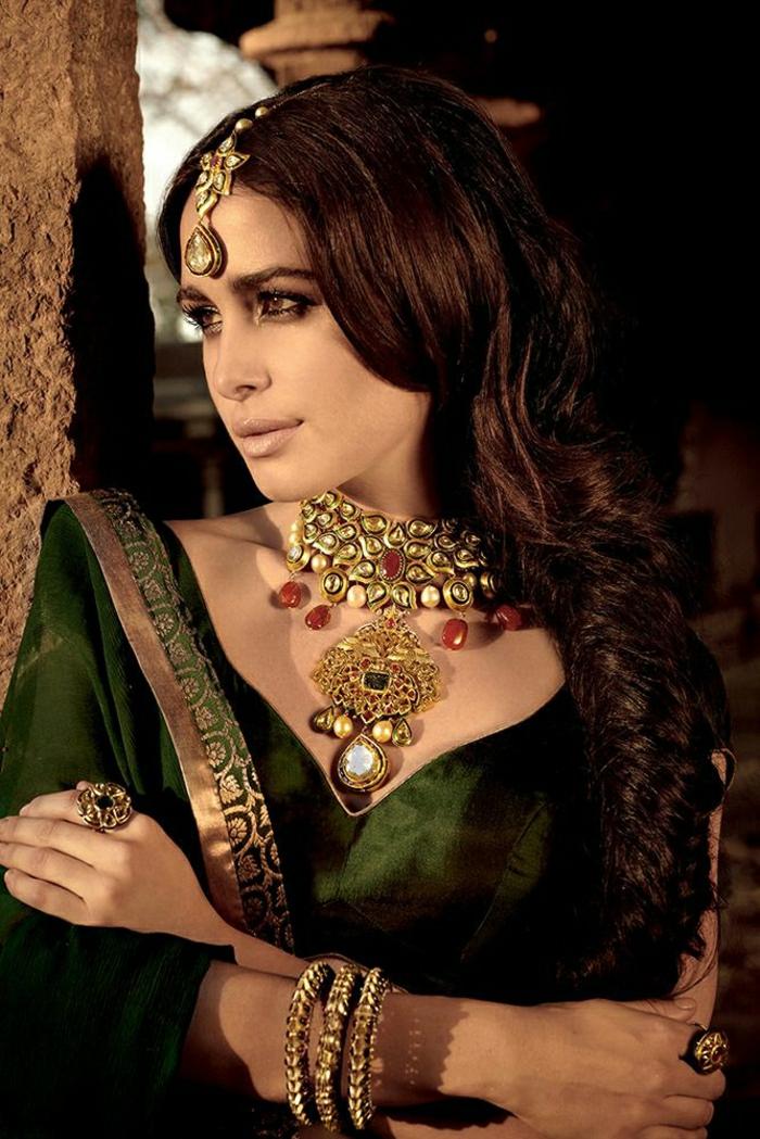 wunderschöner-Schmuck-Indien-Frau