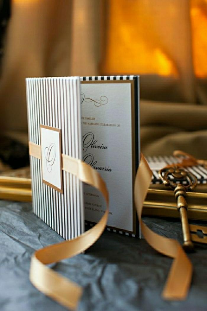 elegante-Hochzeitseinladungen-Streifen-goldenes-Band-schick-exquisit
