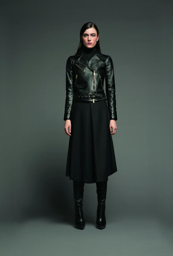 70er-mode-grauer-hintergrund