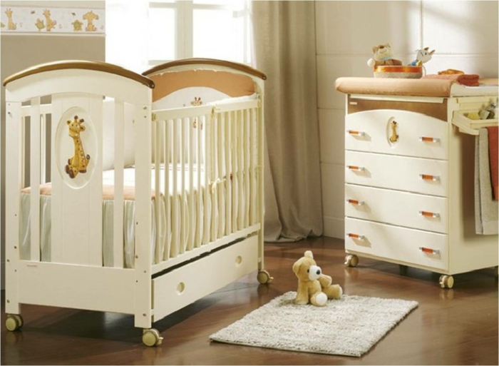 babyzimmer holz dekor. Black Bedroom Furniture Sets. Home Design Ideas