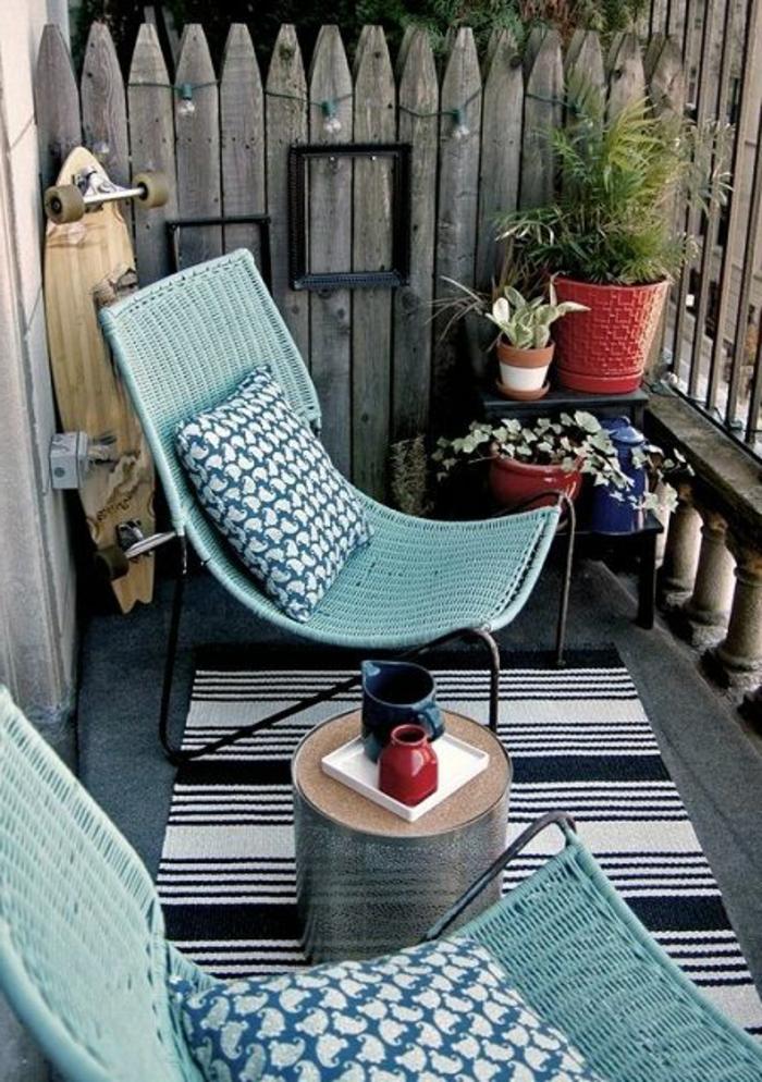 Balkon-Garten-rustikale-Gestaltung-Möbel-Stühle