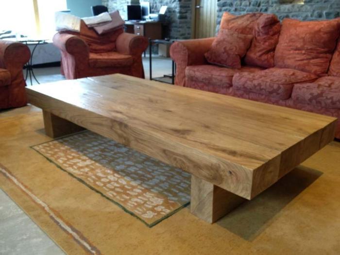 Couchtisch-aus-Holz-extra-groß