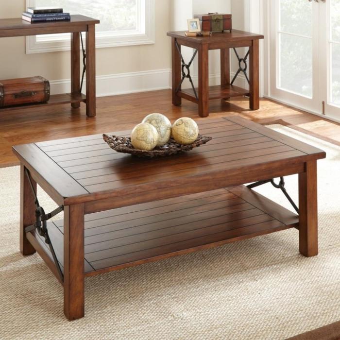 Couchtisch-aus-Holz-nussbaumolz-deko-teppich