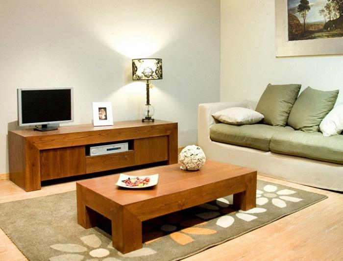 Couchtisch-aus-Holz-schlicht-green-couch