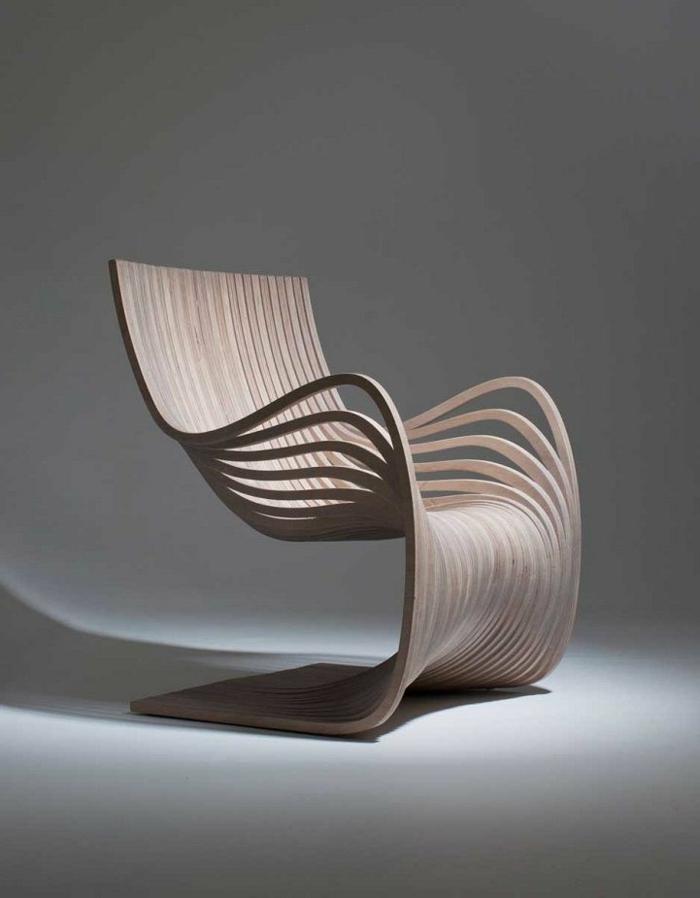 Designer-Stuhl-Holz-interessante-Form-innovativ