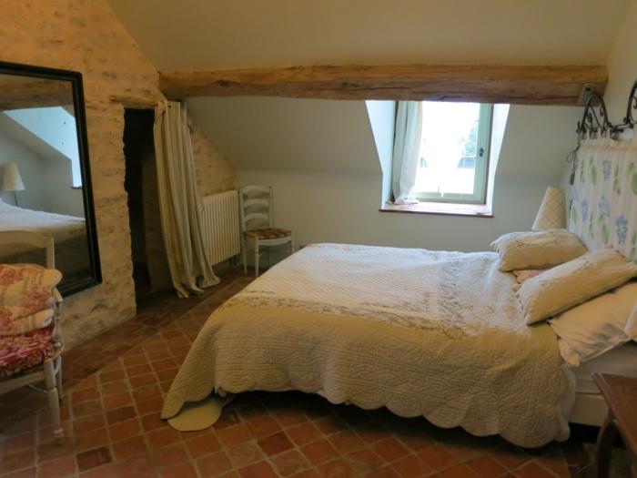 Großes-Bett-balke-dachgeschoss