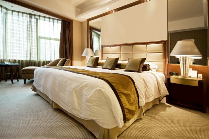 ein gro es bett f r jedes schlafzimmer. Black Bedroom Furniture Sets. Home Design Ideas