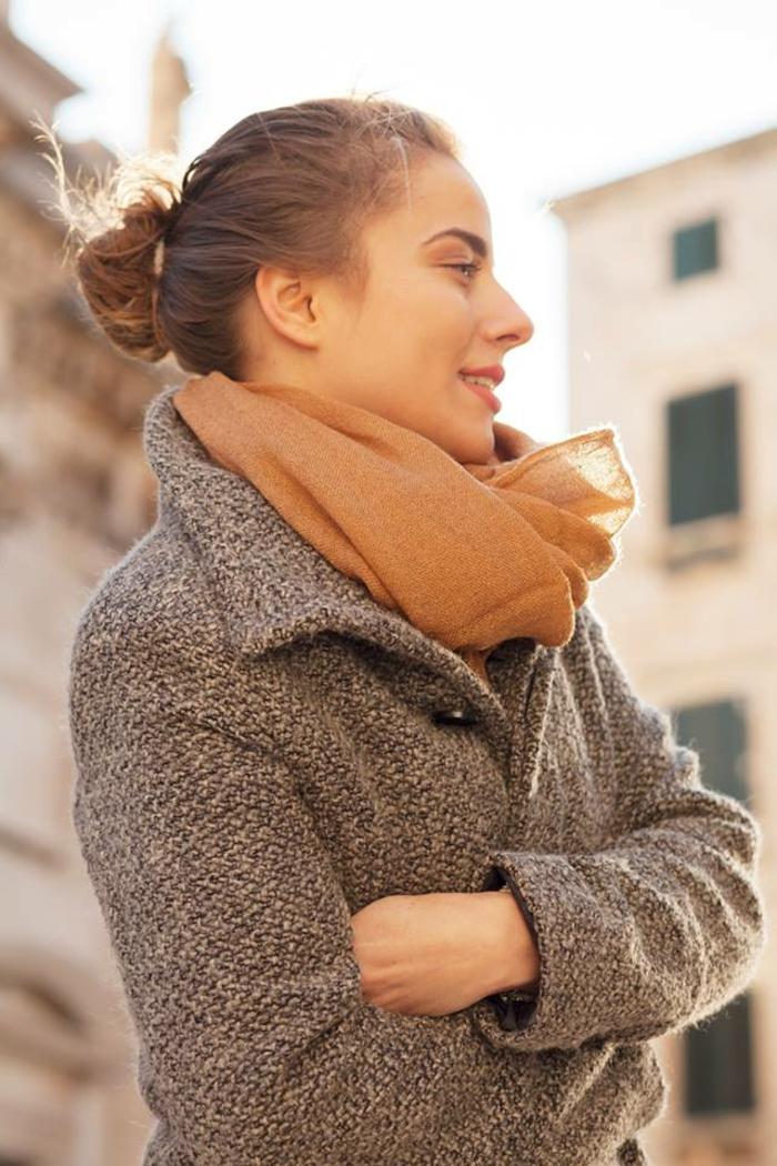 Herbst-frisuren-schall-mantel