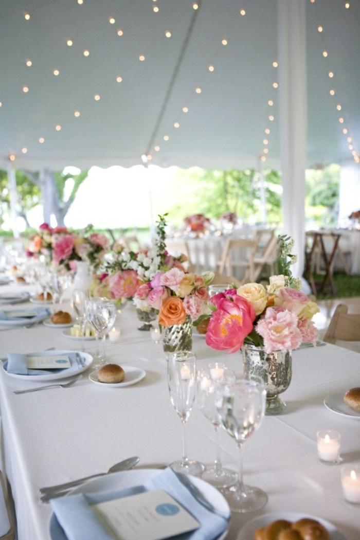 Hochzeit-tischdekoration-beleuchtung-blumen