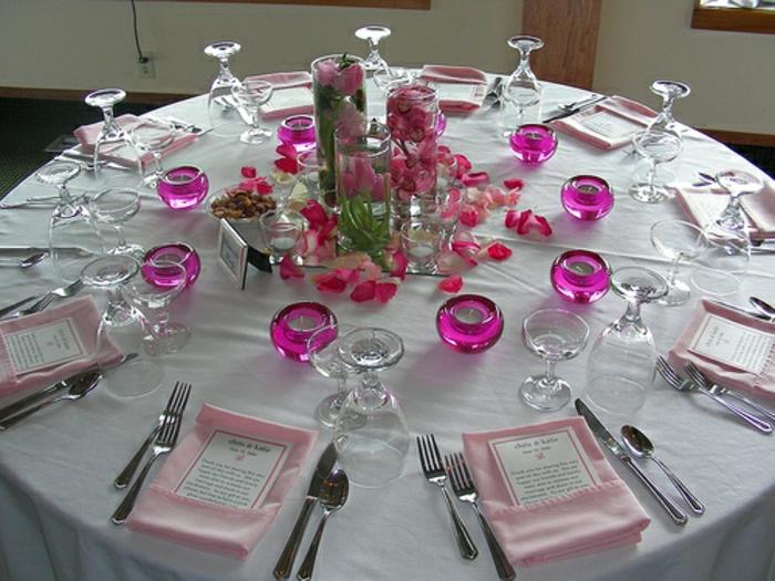 Hochzeit-tischdekoration-lila-kerzenhalter