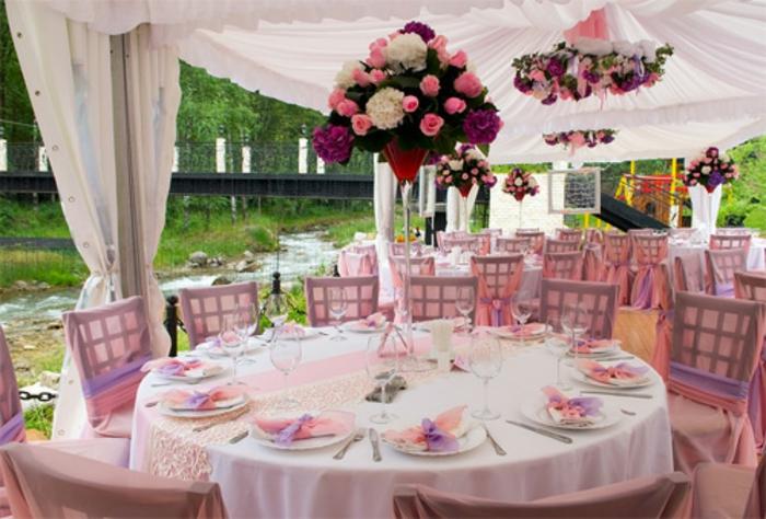 Hochzeit-tischdekoration-rosig-lila-und-weiß