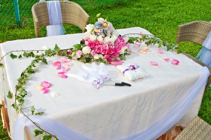 Hochzeit-tischdekoration-und-Stühle-aus-polyrattan