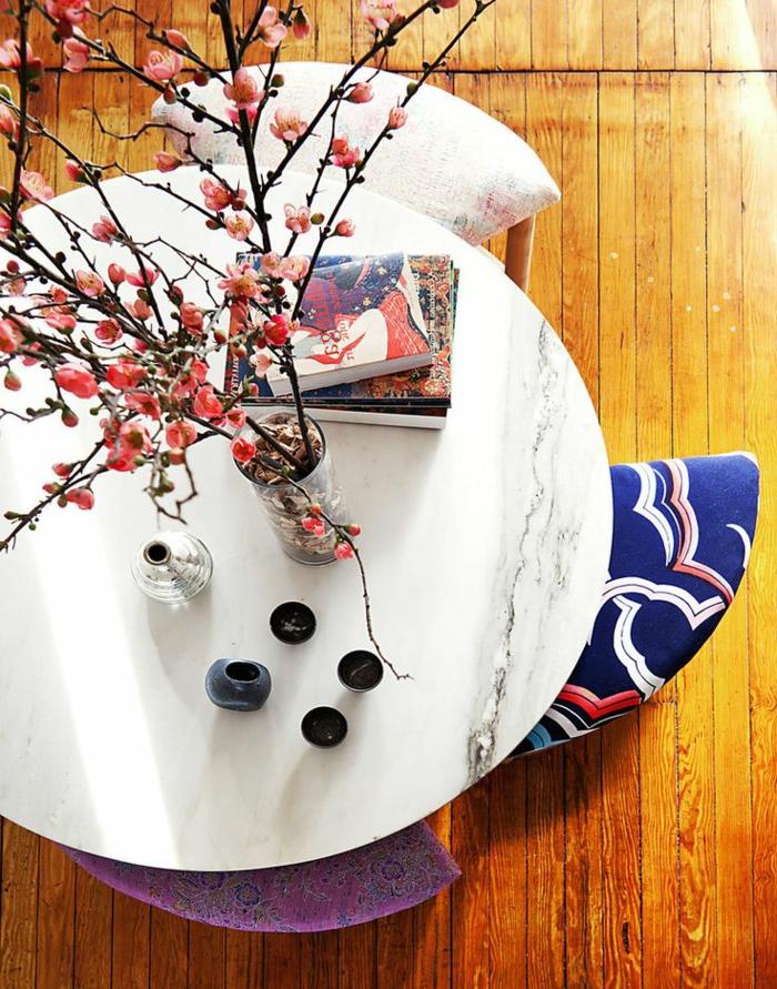 Hocker-Couchtisch-Marmor-Tischplatte-Blumen