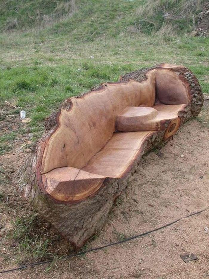 Holz-Gartenbank-kreativ-originell-interessante-Form