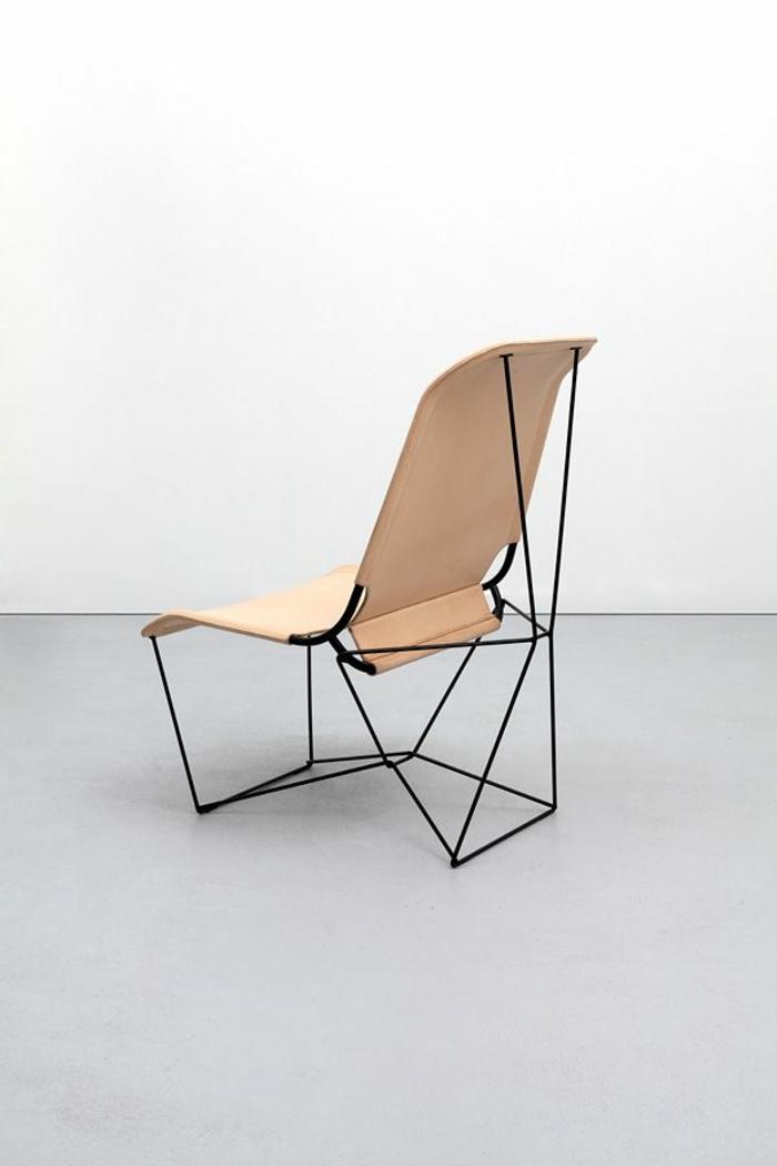Leder-Stuhl-ungewöhnliches-Design-futuristisch-innovativ