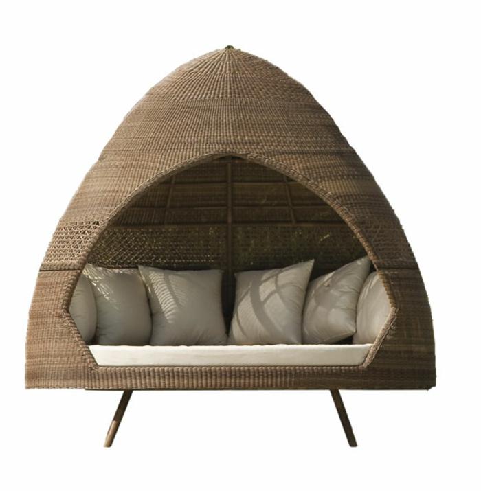 Möbel-aus-Polyrattan-Hut