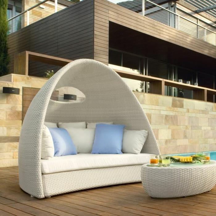 Möbel-aus-Polyrattan-Lounge-sofa-überdachung-couchtisch