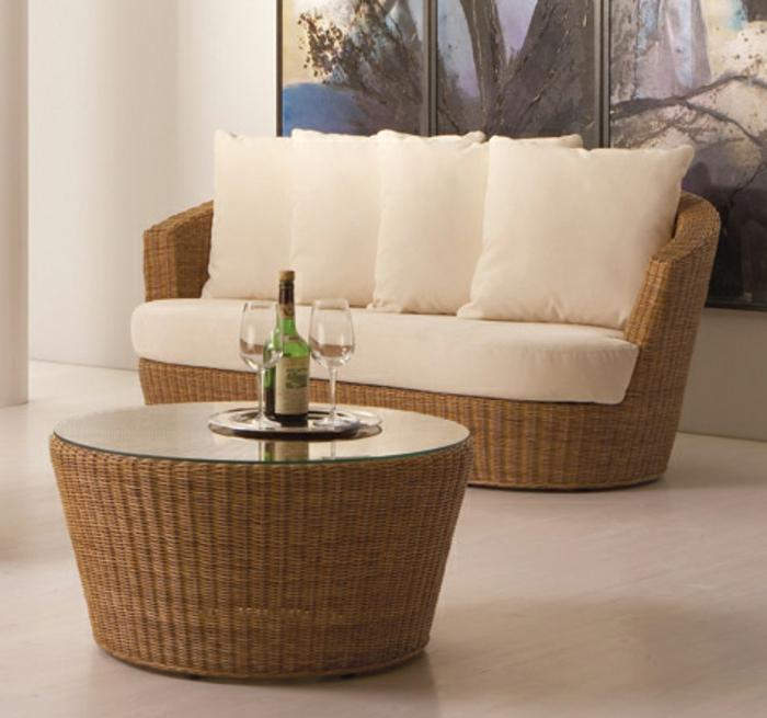 Möbel-aus-Polyrattan-kaffeetisch-glas