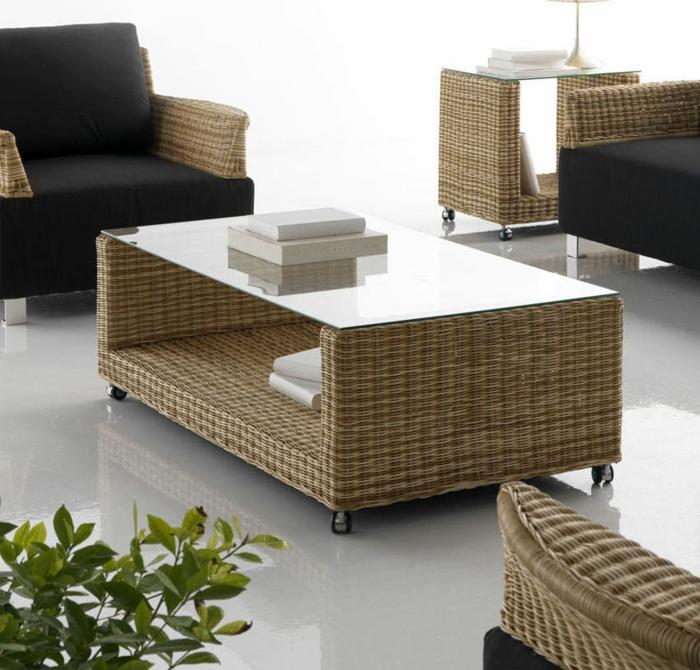 Möbel-aus-Polyrattan-schwarz-glas